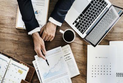 Los Cinco Pasos del Proceso de Benchmarking en PRL
