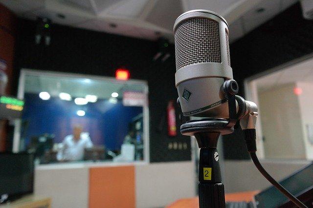 prevención riesgos laborales profesionales de la radio