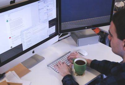 Ergonomía: Correcta posición ordenador y ratón
